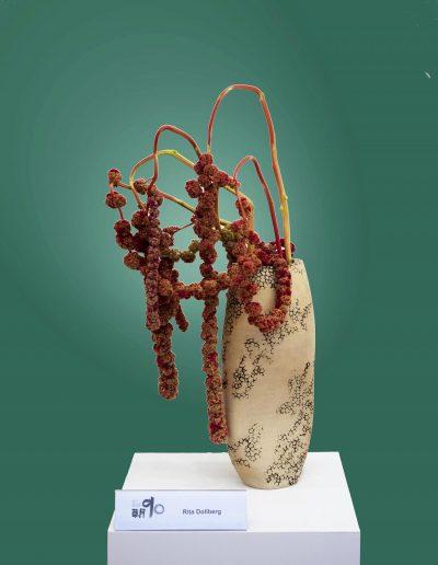 Hohe Vase (Arrangement: Rita Dollberg)